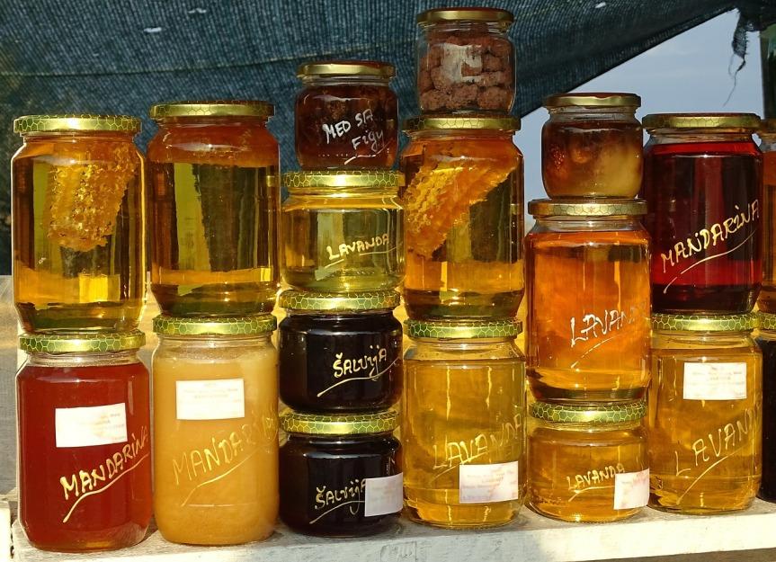 honey-507147_1280